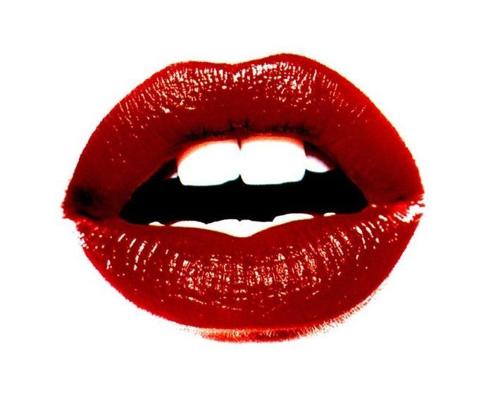burning lips signs