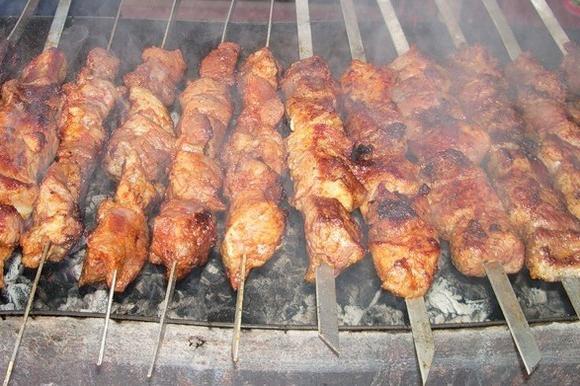 Как вкуснее замочить шашлык из свинины