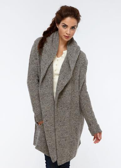 фото трикотажное пальто