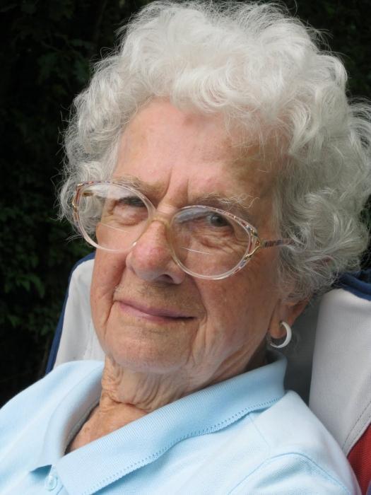 Покойная бабушка толкование сонника