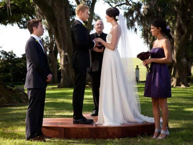К чему снится свадебное платье или