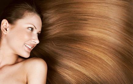 Прихечватке каких витамин выпадают волосы
