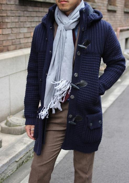 За желанием узнать, как одеваться стильно и недорого, они забывают обратить внимание на