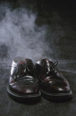 how to get rid of the smell of sweat in shoes