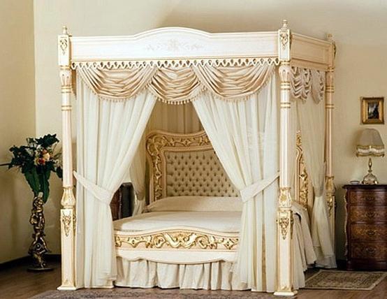 кровать с занавесками фото