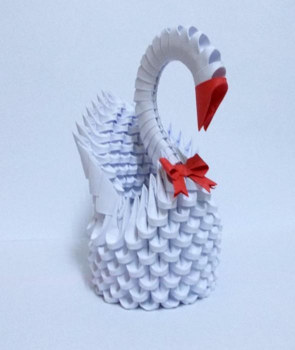 Модульное оригами. Лебедь ..
