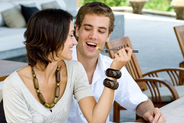 как понять что нравишься при знакомстве