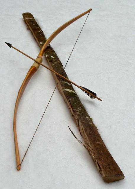 Как сделать лук и стрелы из веток дерева