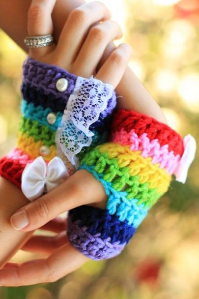 Crochet openwork mitts