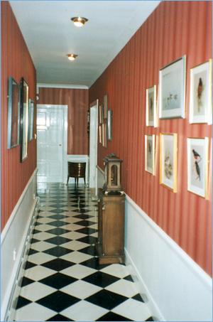Interior narrow corridor