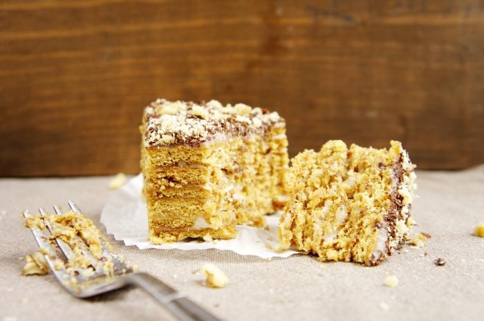 рецепт приготовления торта медовик со сметанным кремом