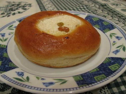 От бабушки - внукам: рецепт ватрушки с творогом