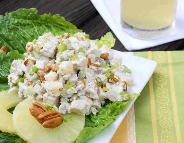 Салат с курицей ананасами и грибами грецкими орехами