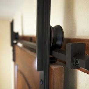 Сделать межкомнатную дверь купе своими руками