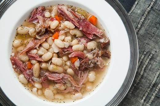 Soup with beans and mushrooms