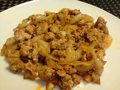 How to fry meat with onions