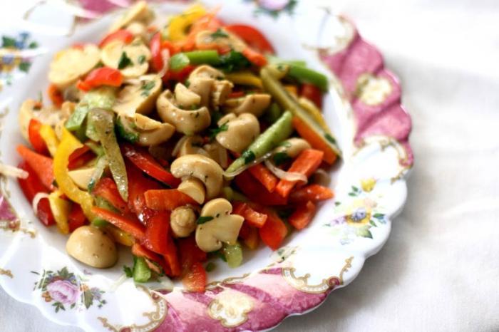 marinated champignon salad