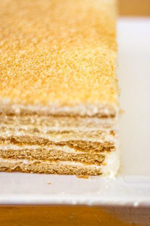 Заказать торт с клубникой фото 3