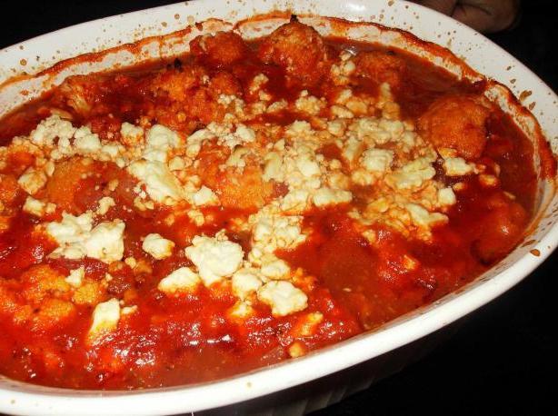 рецепт салата из кальмаров и маринованных огурцов