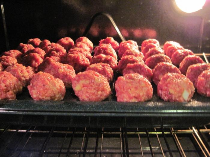 meatballs with rice in the oven
