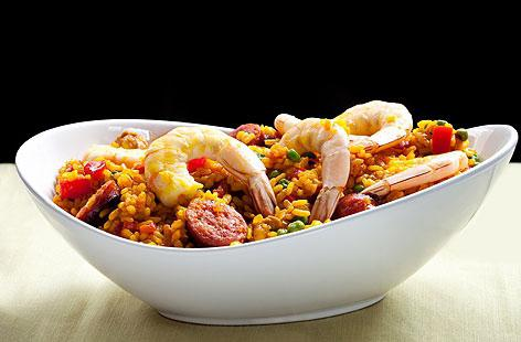 how to cook paella with seafood