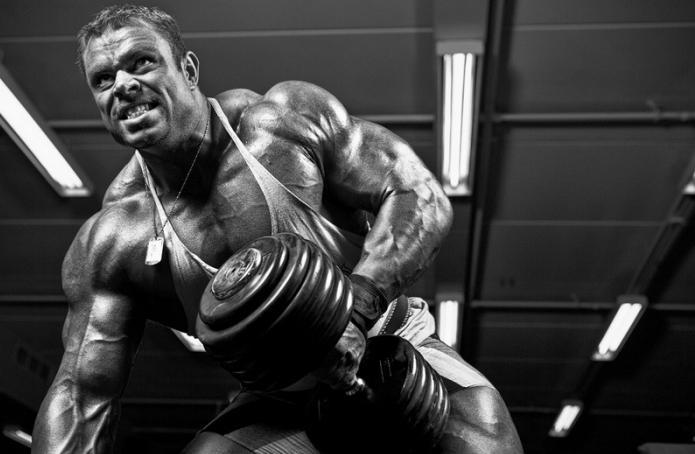 Базовые упражнения способны влиять на рост абсолютно любой мышцы в организме человека, но изоляция необходима тем...