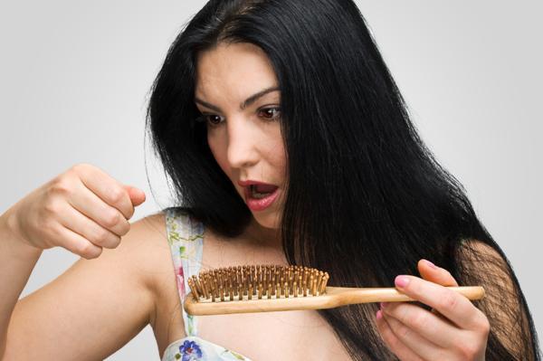 Маска из яйца и меда от выпадения волос