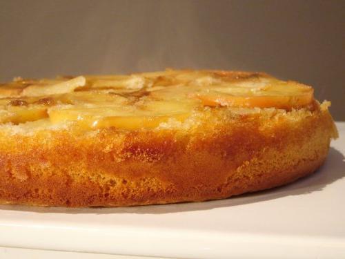 Пирог бисквитный с яблоками в мультиварке рецепт с фото