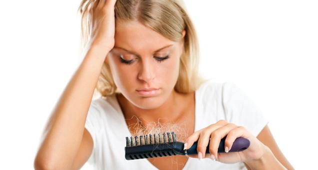 Каких витаминов когда седеют волосы