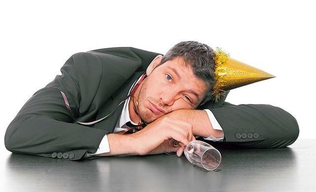 Что делать если сильно болит голова домашних условиях
