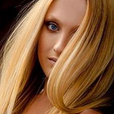 Медовый цвет волос - модно и экстравагантно!