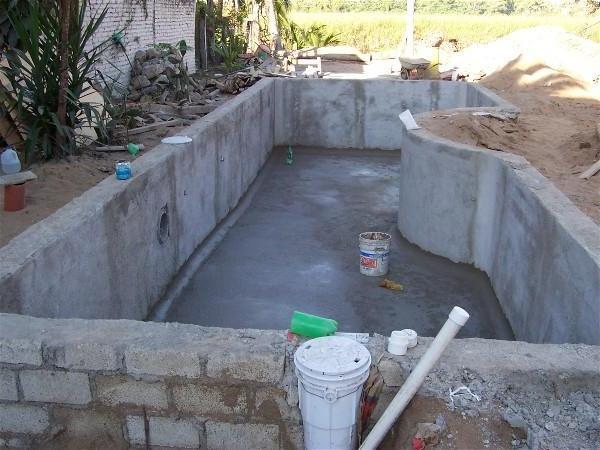 Как выкопать бассейн своими руками