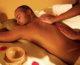 Жена мужу в сексе делает массаж простаты