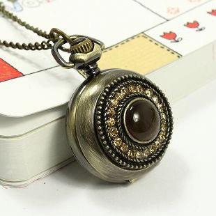 Камень танзанит: свойства, фото, цена, значение, кому