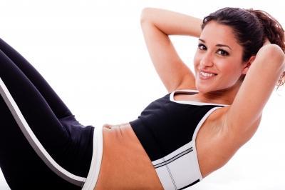 Каким образом убрать жир с живота