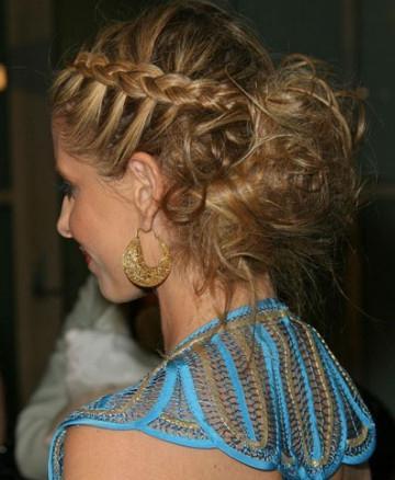 spikelets on medium hair photo