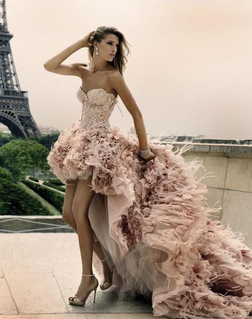 Платье для девочки впереди короткое сзади длинное