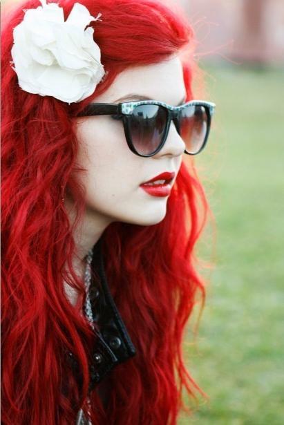 Красные волосы яркий и смелый образ