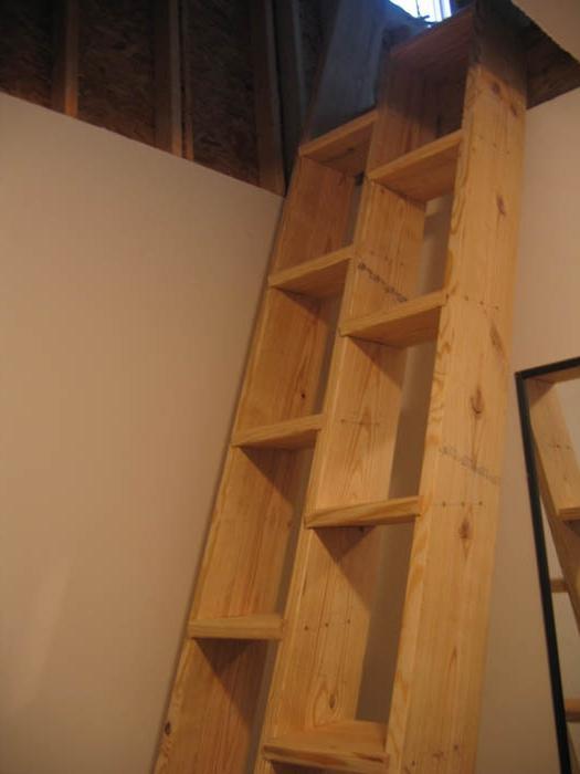 как сделать лестницу на мансарду.
