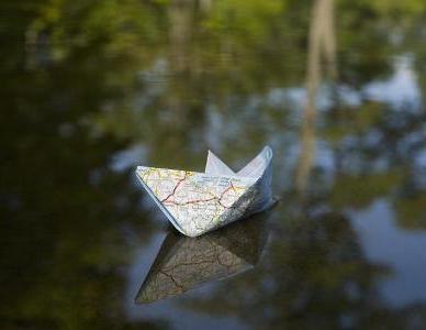 простой кораблик для завоза прикормки