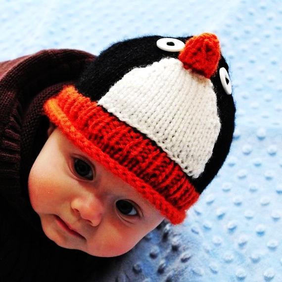 Вязаные шапочки новорожденных