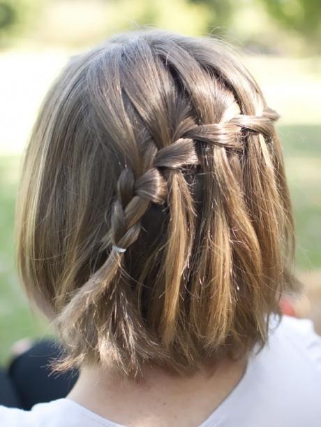 Фото красивых причесок из кос на длинные волосы 75