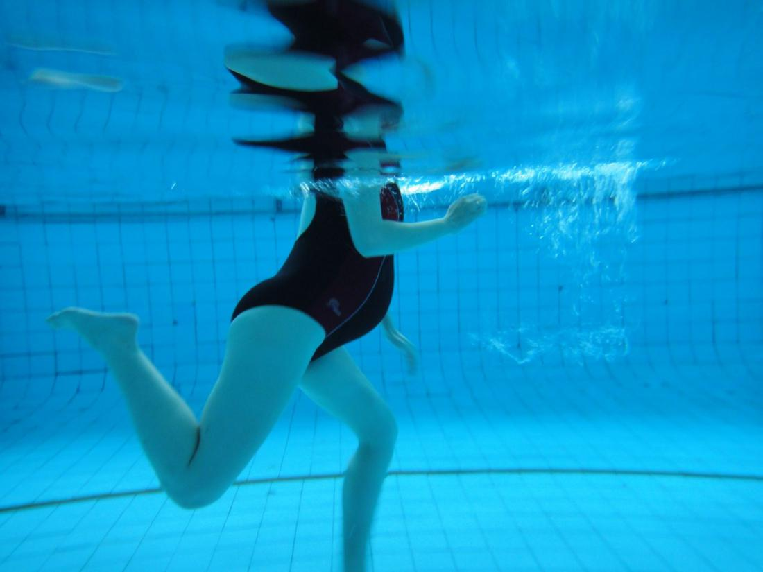 Вред плавания для беременных 60