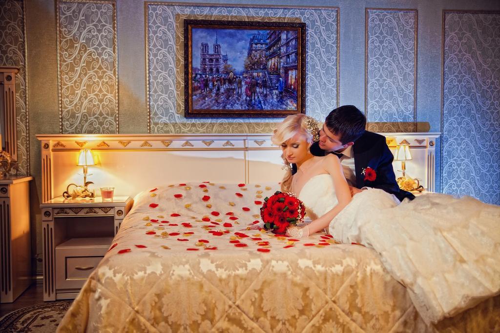 Красивое фото пар первой брачной ночи — pic 14