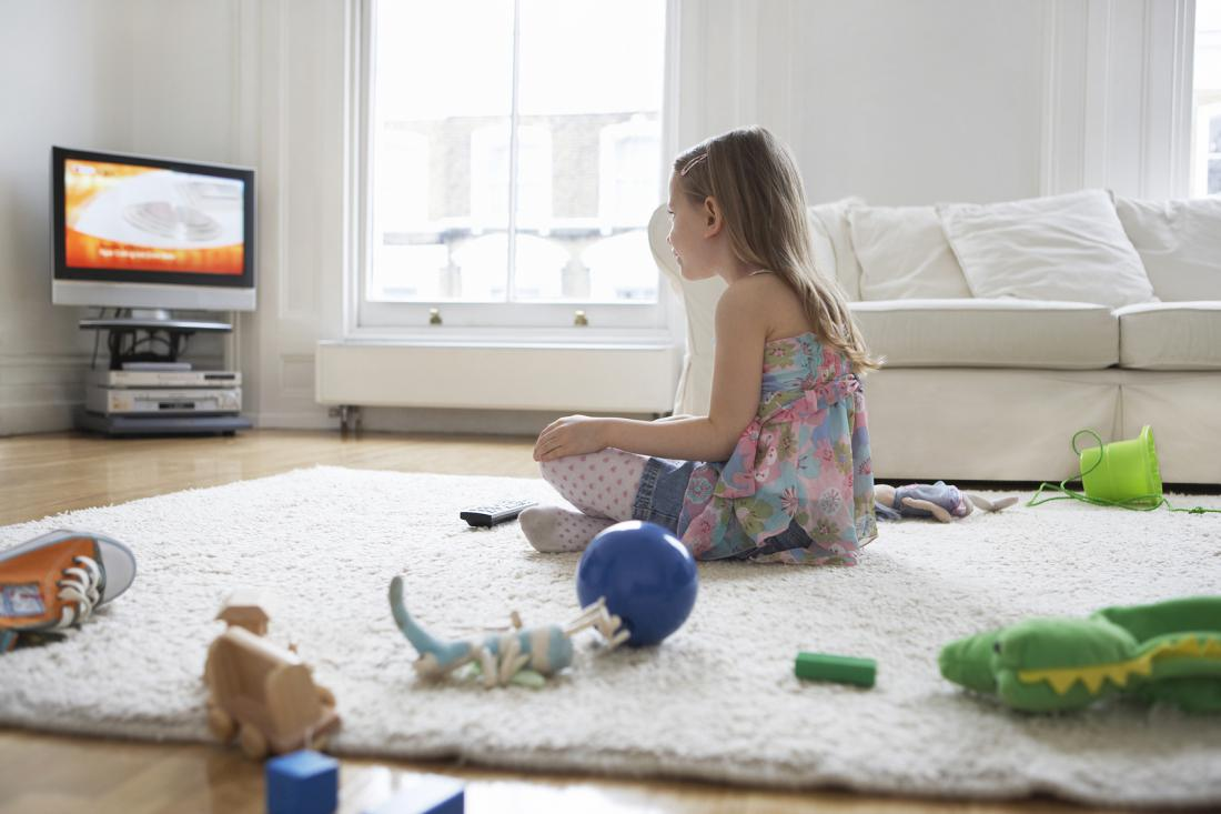 the effects of television imagery on children today Most of us are generally aware that television isn't sit your children in front of with no ill effects the debilitating effects of tv on children.
