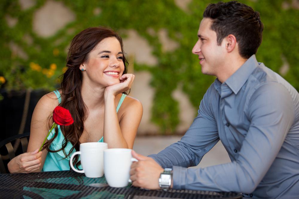 если мужчина с сайта знакомств не приглашает на свидание