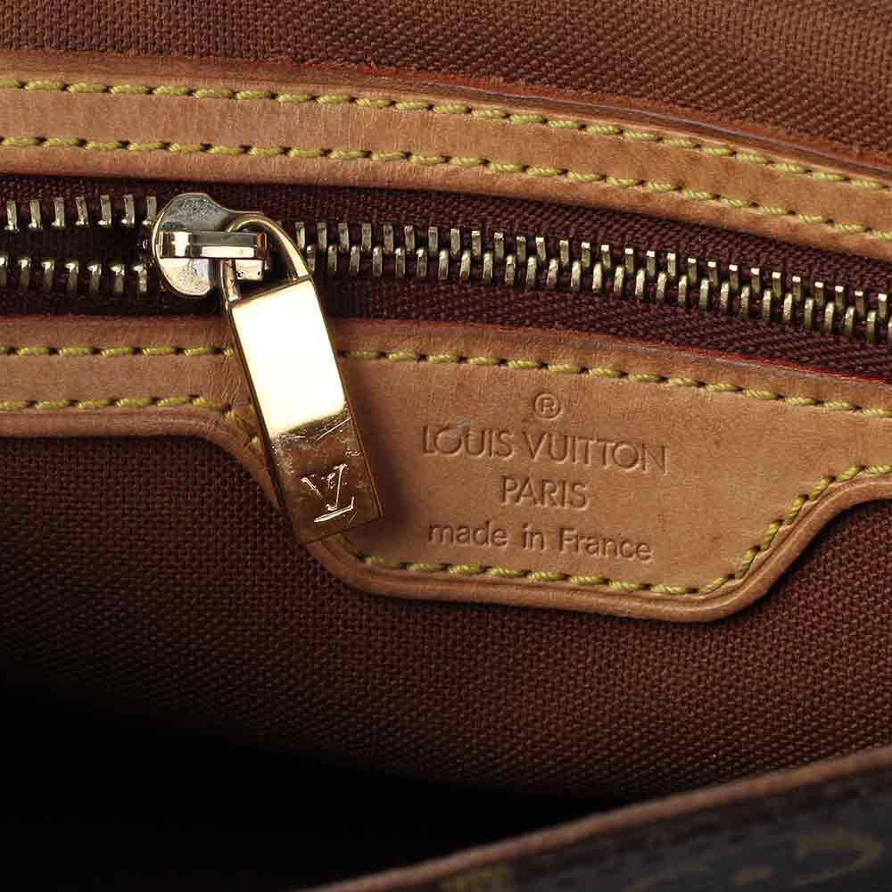 33169b83b764 Обсудить. 0. 0. Есть много реплик, которые очень похожи на брендовые сумки  Louis Vuitton ...