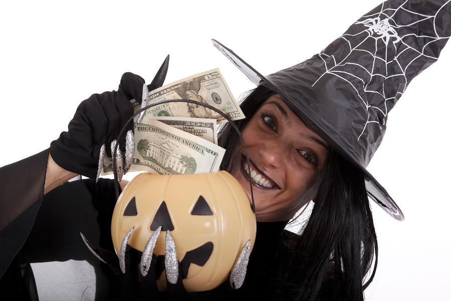 ведьма с деньгами картинки место для
