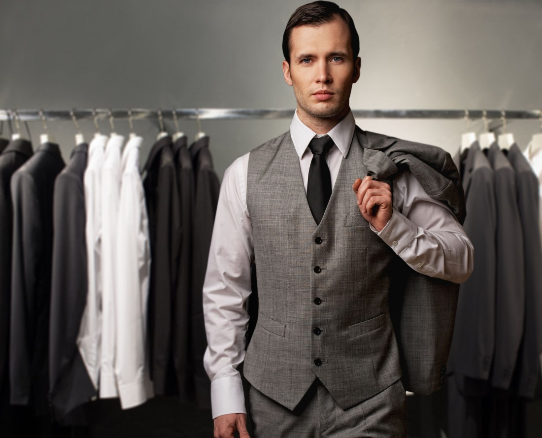 Mens designer fashion outlet 32