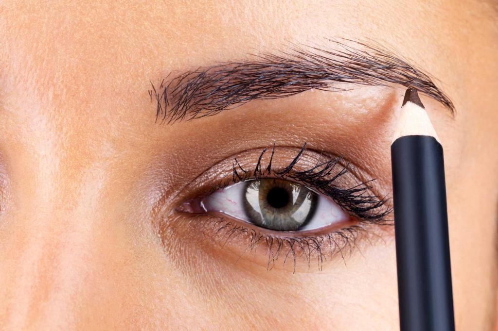 Веко глаза - заболевания и воспаления на верхнем, болячки нижнего, как называются: глазной ячмень